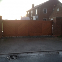 Timber Gates Swing